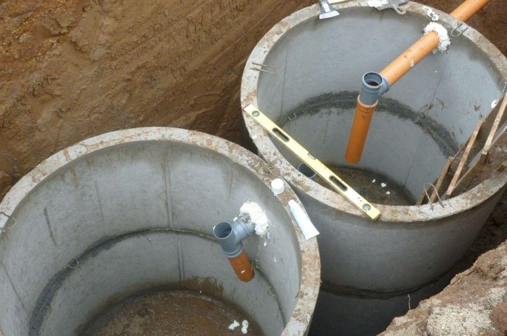 Канализация на даче из бетонных колец