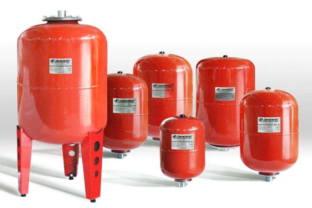 Расширительный бак для системы водяного отопления частного дома